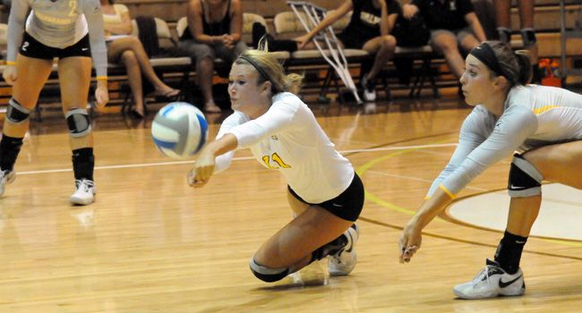Valpo Volleyball Readies For Golden Dome Invitational