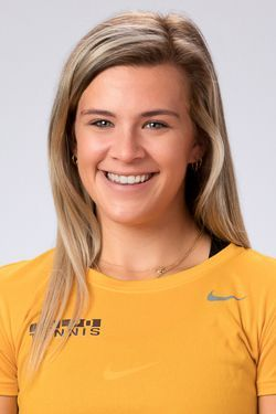 Claire Czerwonka