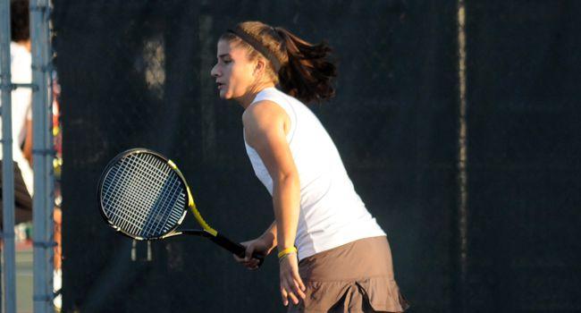 Women's Tennis Drops Home Opener Against Western Michigan