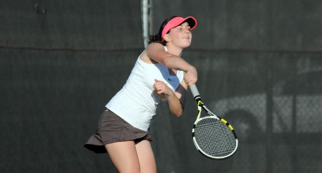 Valpo Closes Fall Slate with 5-2 Setback to Robert Morris