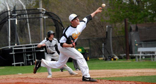Baseball Sweeps Doubleheader, Steals Series Behind Pair of Pitching Gems