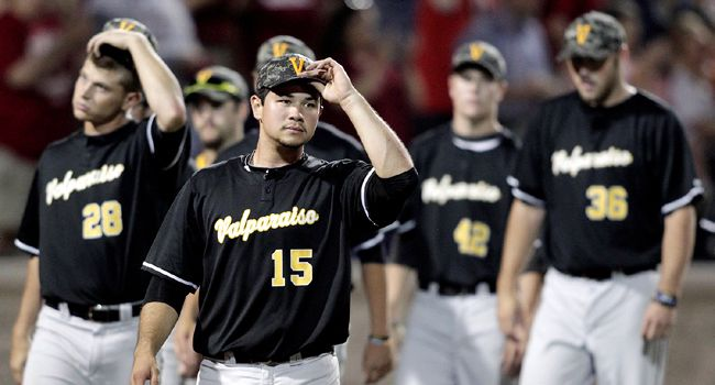 #13 Indiana Deals Valpo a Heartbreaking Loss