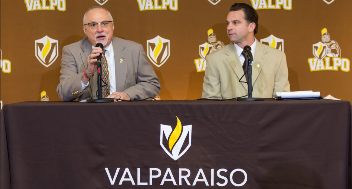 Rise and Grind: Landon Fox Brings Fourth-and-Goal Mentality to Valpo Football