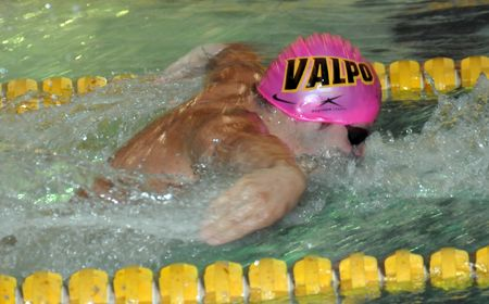 Sivak Wins Twice as Valpo Men Open Swim Season