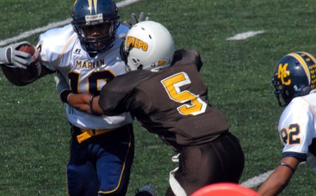 Valpo Defense Leads Crusaders to 47-14 Victory at Campbell