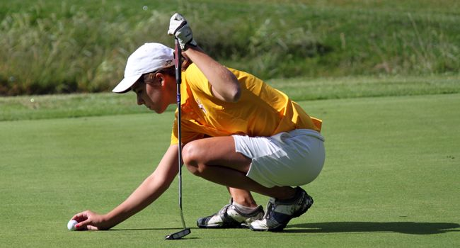Women's Golf Finishes Sixth to Close Out Fall Season