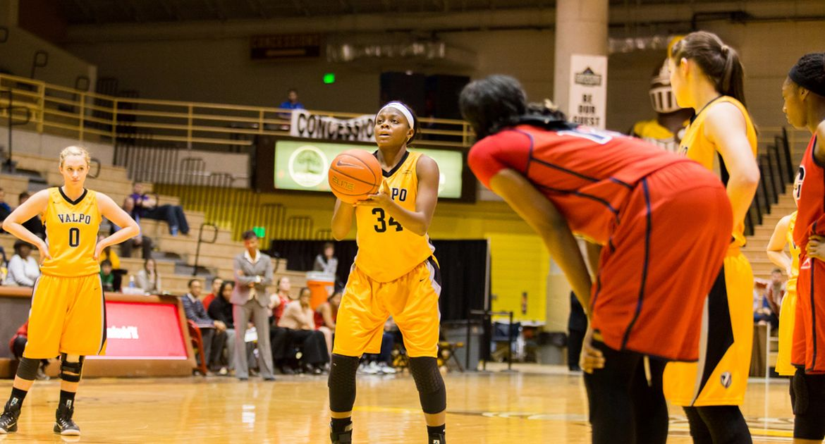 Valpo Women Fall to YSU Saturday; Will Face Milwaukee Monday