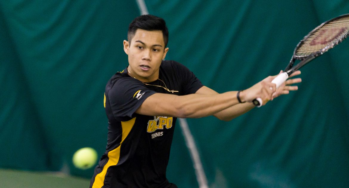 Men's Tennis Nets Win in HL Opener at Wright State