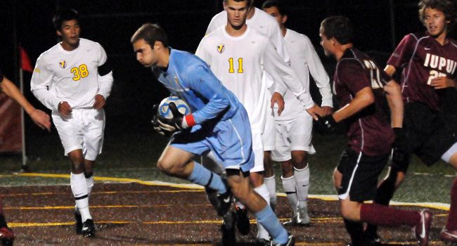 Zobeck Sets Single-Season Shutout Mark as Valpo Downs Milwaukee