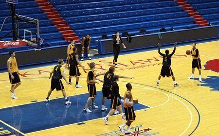 Crusaders Prepare For Top-Ten Test at Kansas