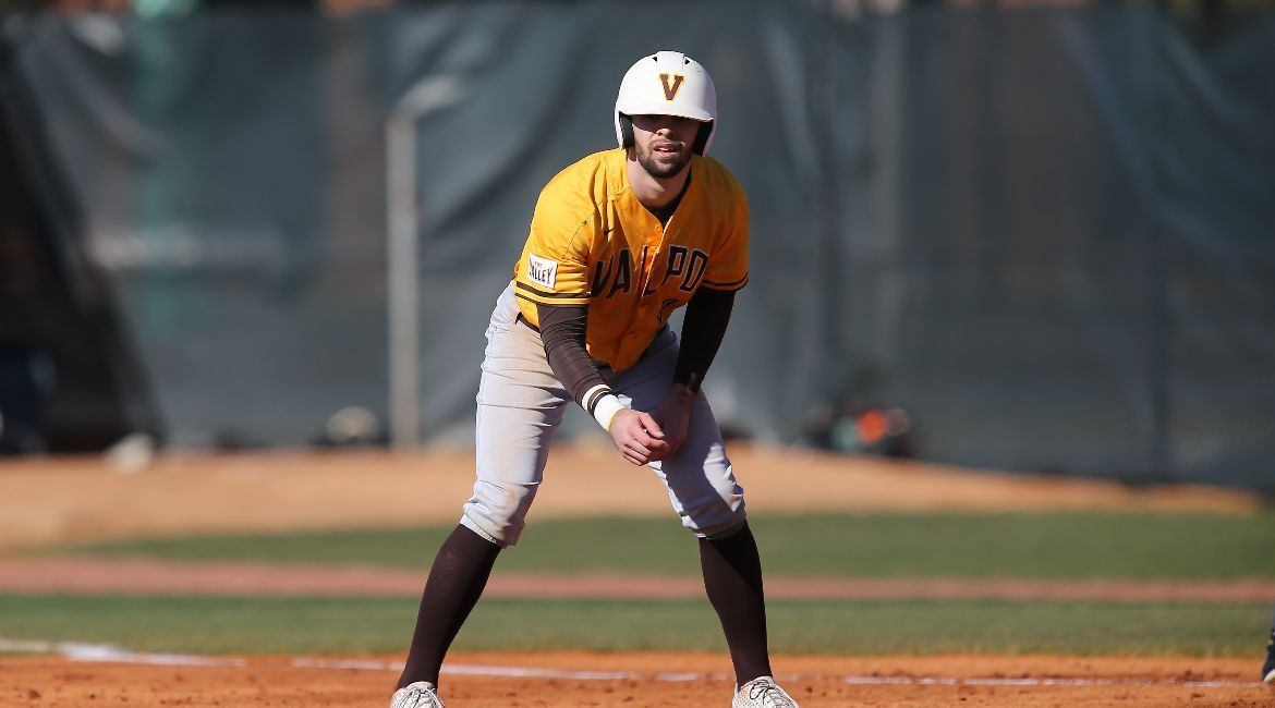 Valpo Falls in Doubleheader at Jacksonville State