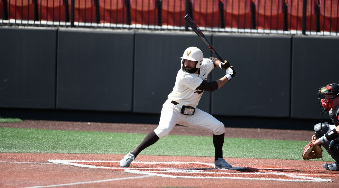 Baseball to Meet Nationally-Ranked Notre Dame on Tuesday