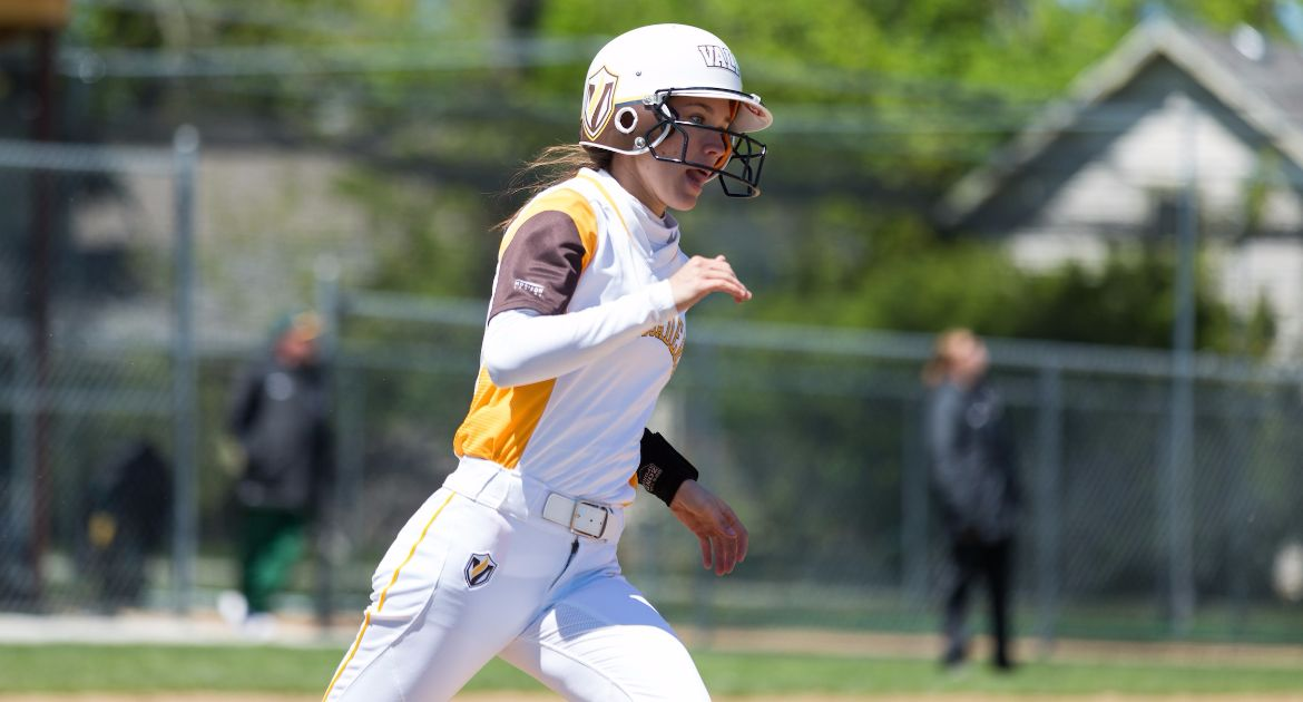 Softball Sweeps Road Doubleheader at Missouri State