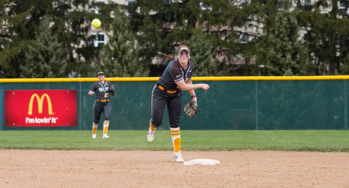 Softball Kicks Off Valley Play This Weekend at Indiana State