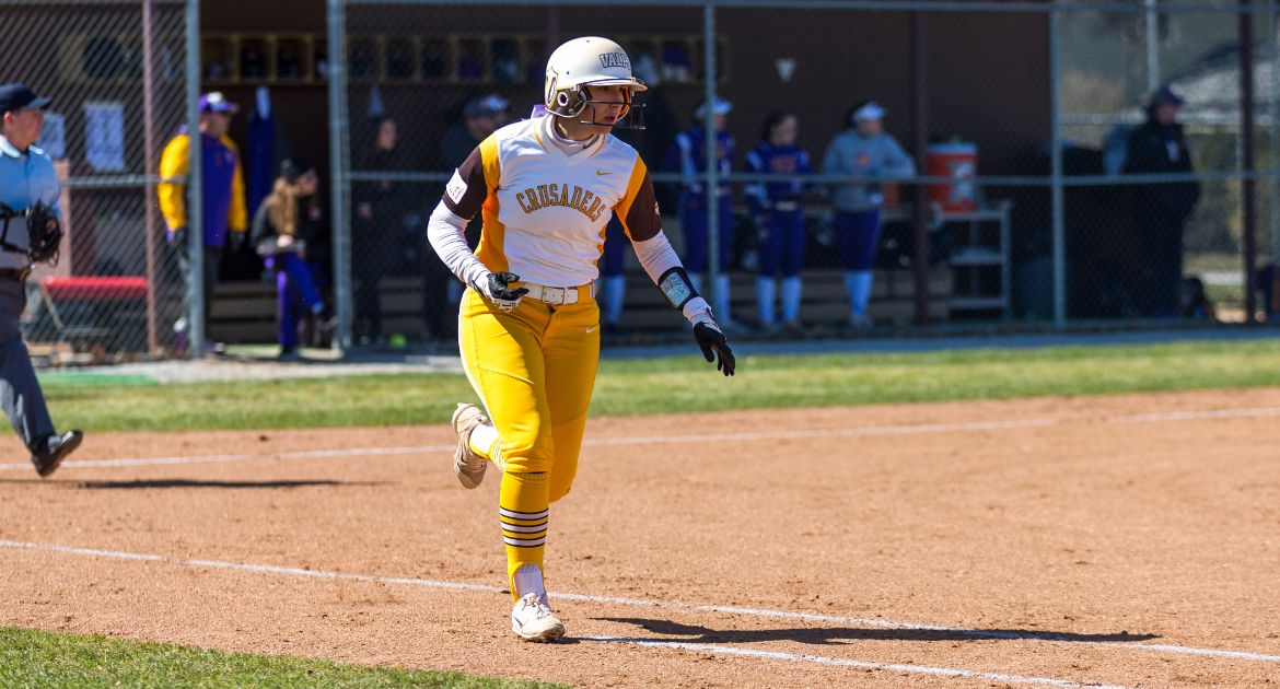 Softball Silences Panthers In Series Opener