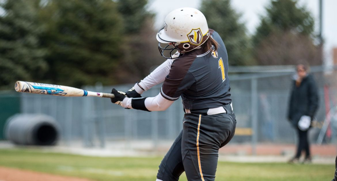 Crusaders Drop Pair to Conference-Leading Drake