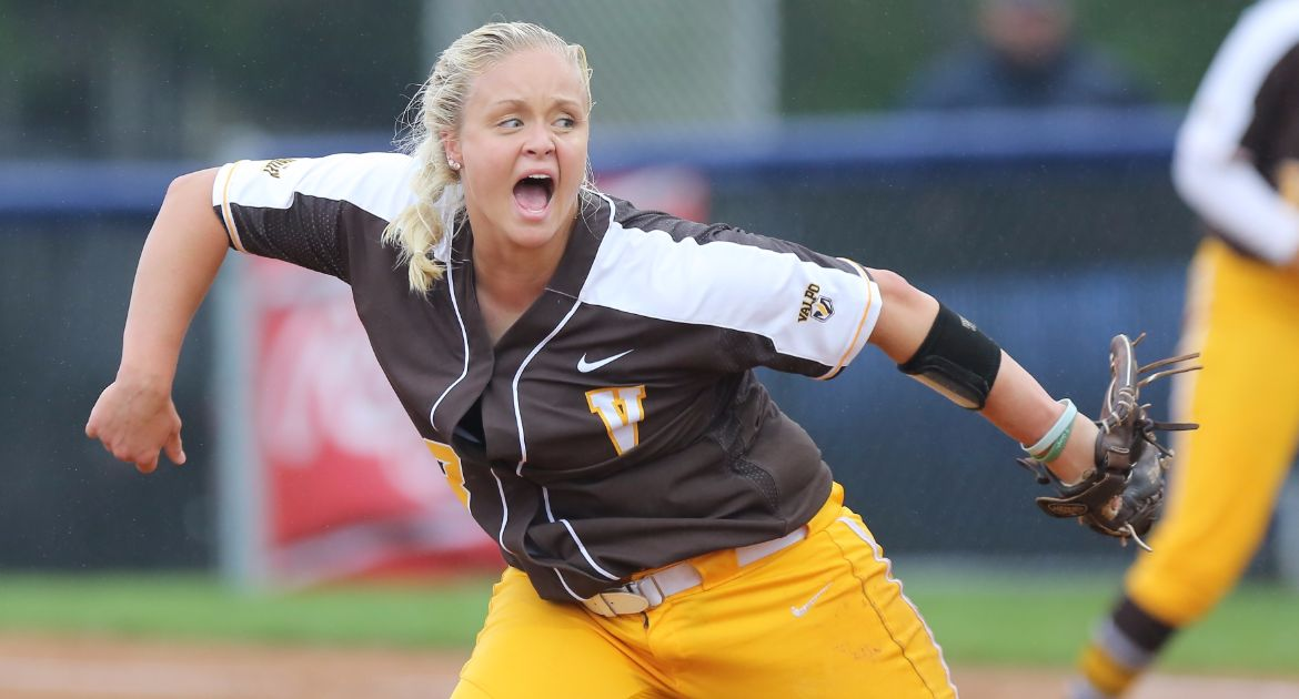 Worth the Wait: Packard Completes No-Hitter as Valpo Closes Action From Charlotte