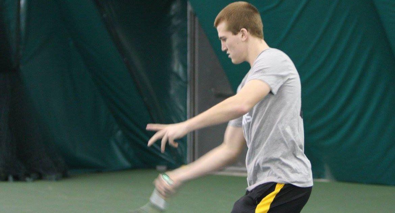 Men's Tennis Team Dominates Crusader Invitational