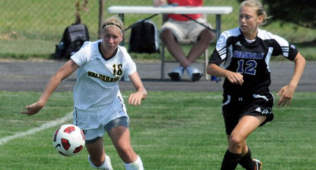 Late Goal Pushes Evansville Past Crusaders