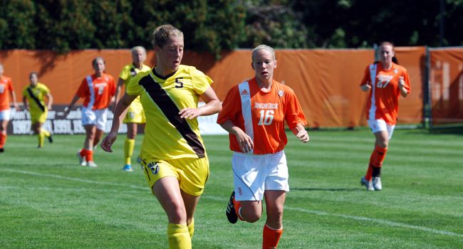 Detroit Shuts Out Valpo 2-0 Saturday Afternoon