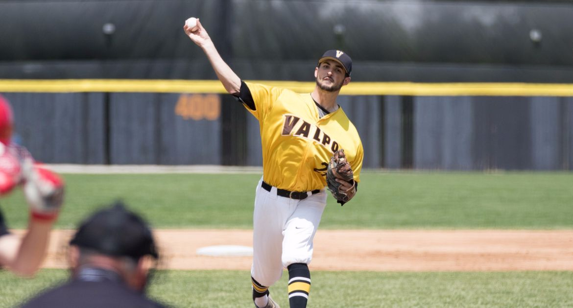 Foreman Pitches Valpo Past UIC in Elimination Game