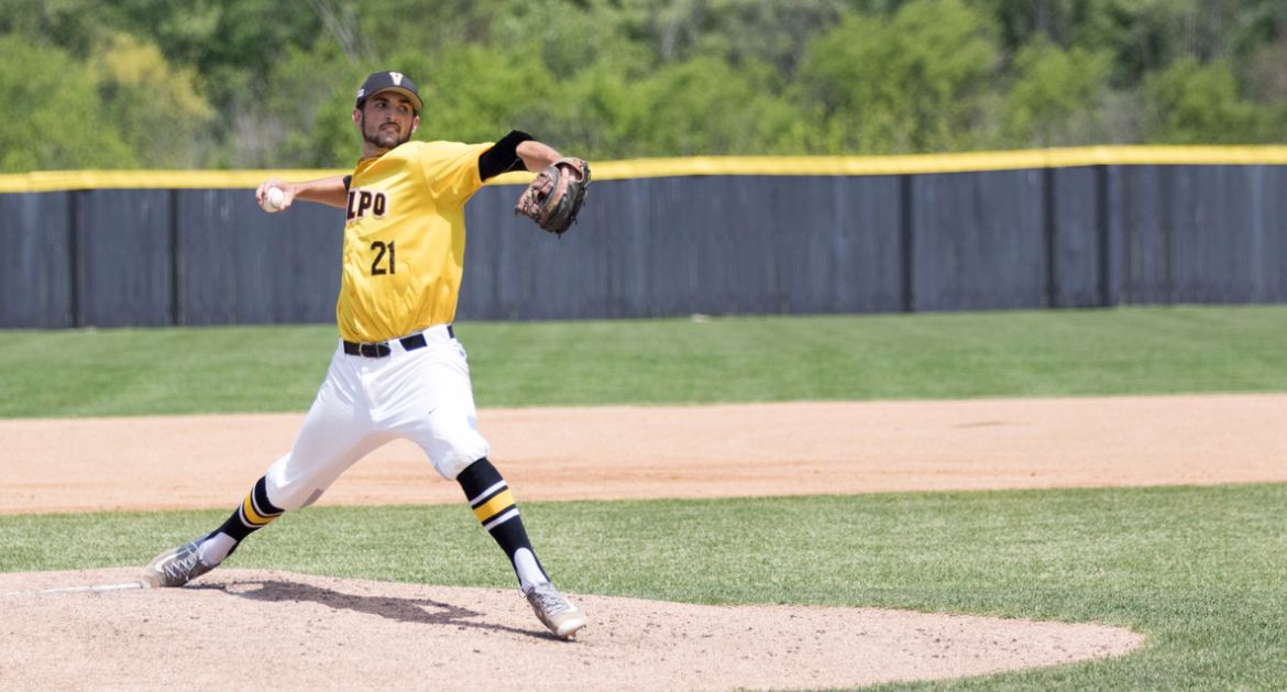 Foreman Heaves Complete Game Shutout as Crusaders Earn Split with Raiders