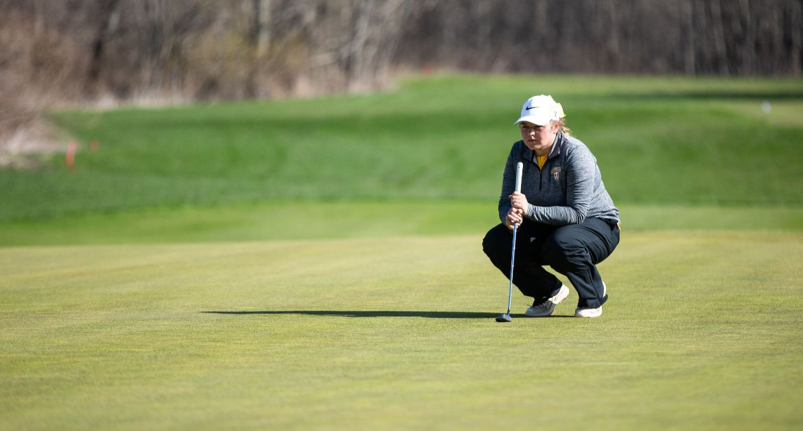 Women's Golf Closes Season with Final Round of MVC Championship