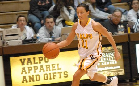 Kulaga Dials In from Long Range as Valpo Earns Home Quarterfinal Berth