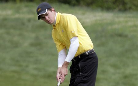 Valpo Men Turn in Solid Opening Round for the Season