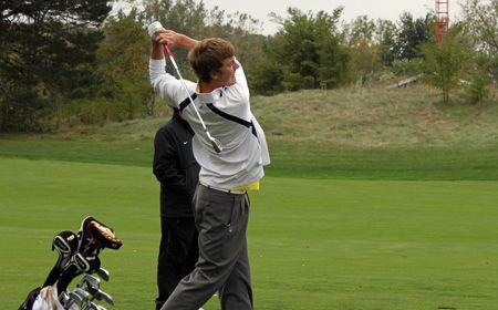 Men's Golf Sets School Record in Sunday's Triangular