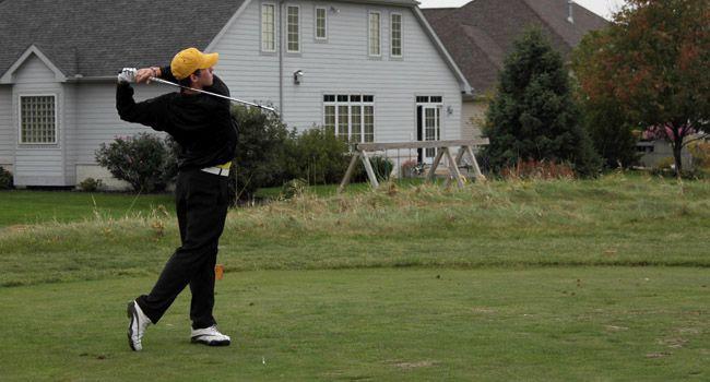 Day 1 Complete for Men's Golf in Muncie