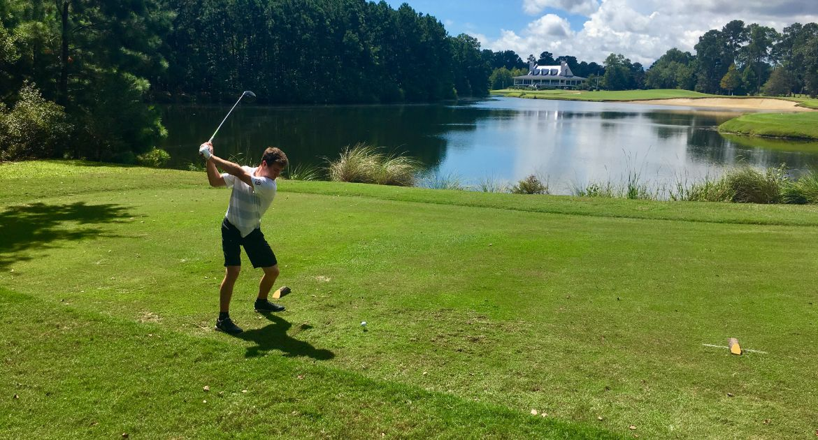 Men's Golf Blends Youth with Experience on Way to Second-Best Round in Program History