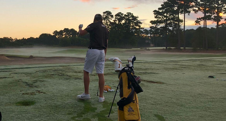 Valpo Finishes Golfweek with Improved Third Round