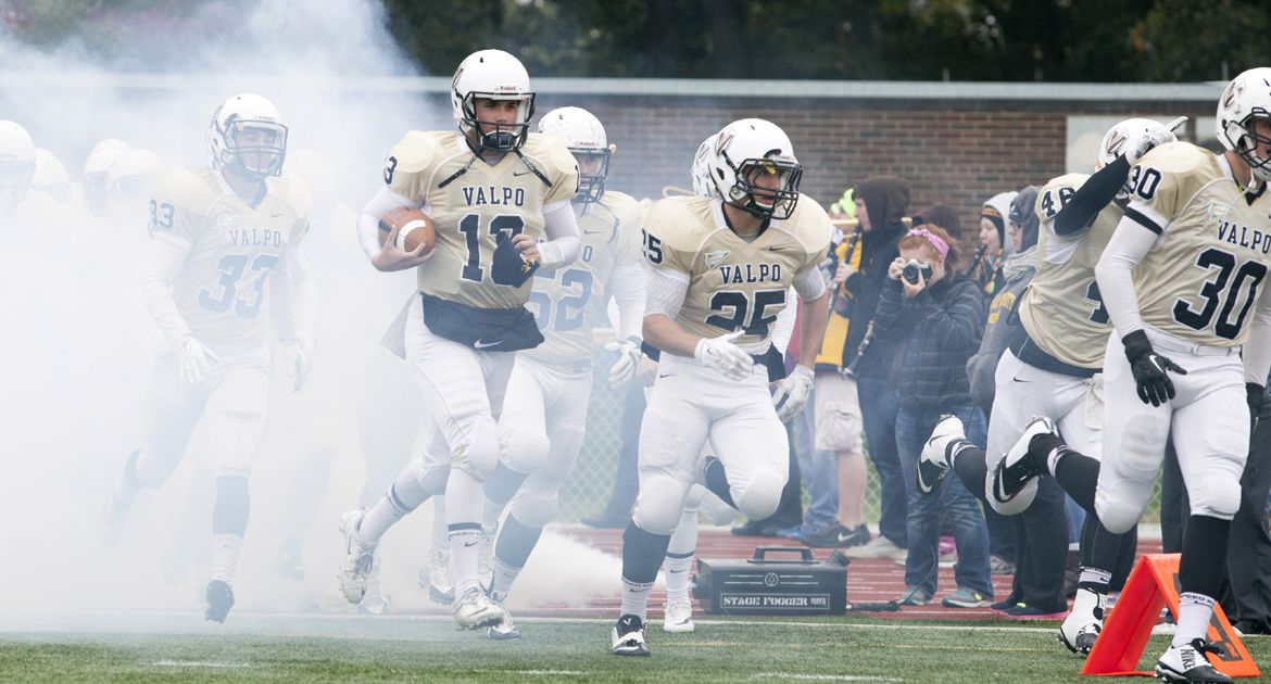 Crusaders Drop PFL Contest to Marist