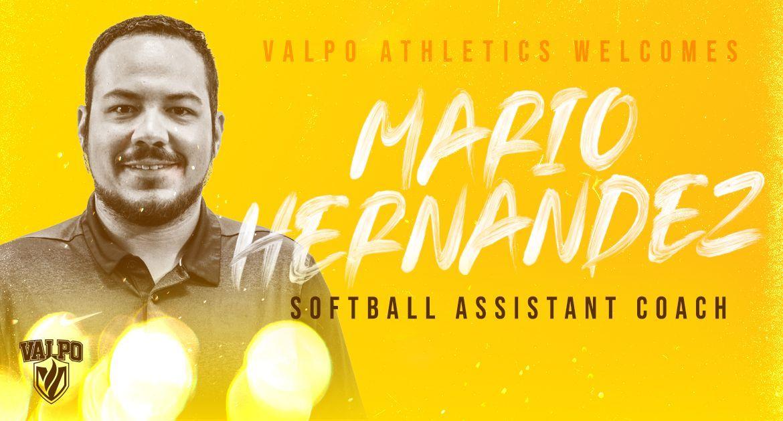 Mario Hernandez Joins Valpo Softball Coaching Staff