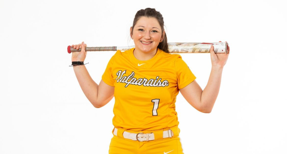 Softball Ready for Season-Opening Weekend at Rosemont Dome