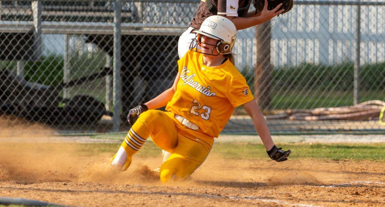 Moeder Posts Four-Hit Game; Softball Falls to WKU