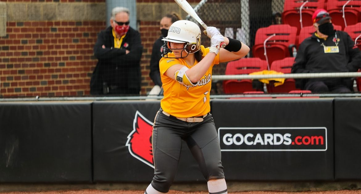 Burke Hits First Career Homer; Valpo Falls to Evansville Sunday