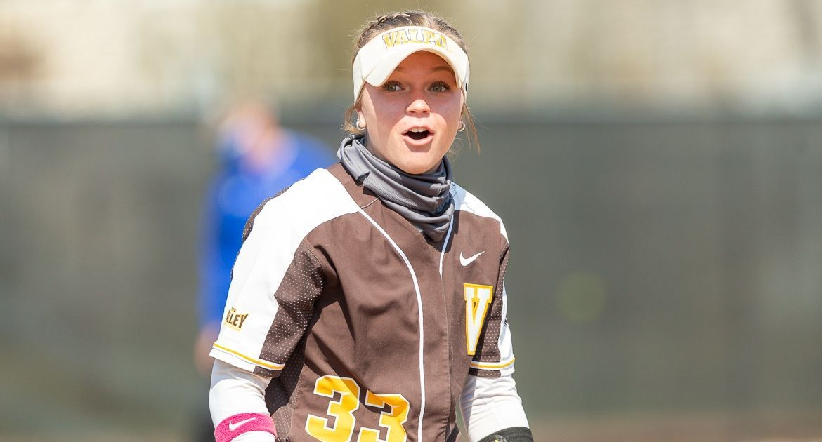 Herschbach Posts Three-Hit Day; Softball Falls to Indiana State