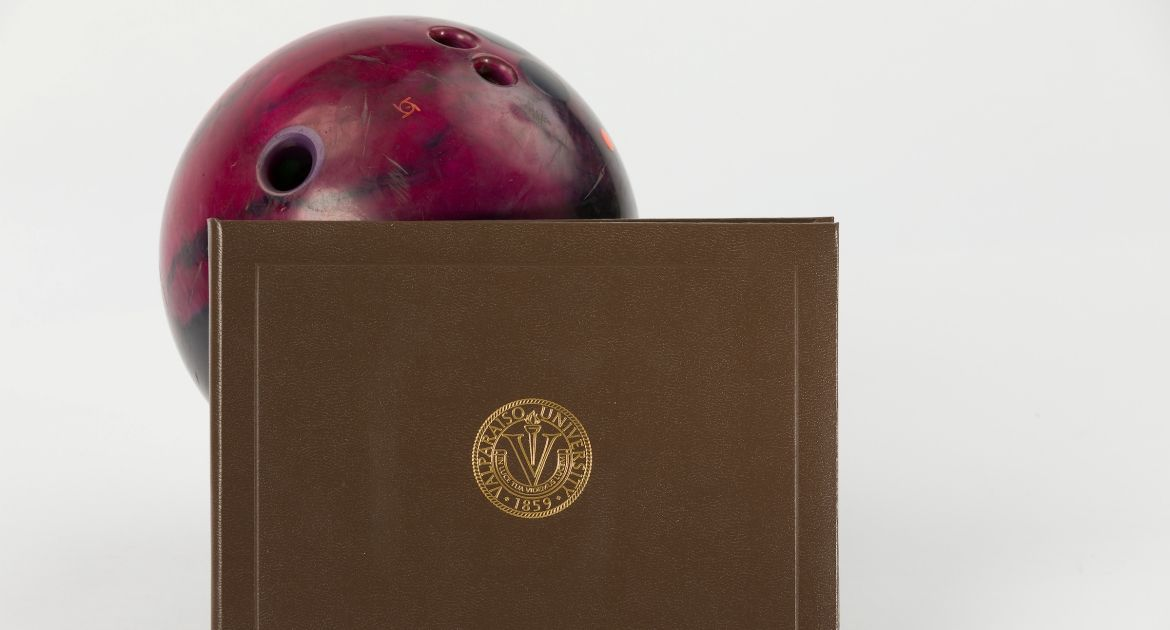 Six Valpo Bowlers Named to SBL Academic Honor Roll