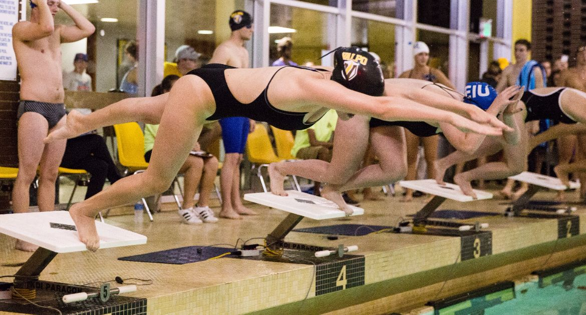 Valpo Swimming Falls to Eastern Illinois in Home Opener