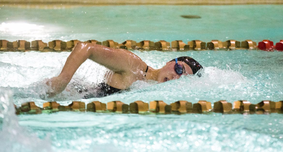 Valpo Swimming Competes at Indiana Intercollegiates