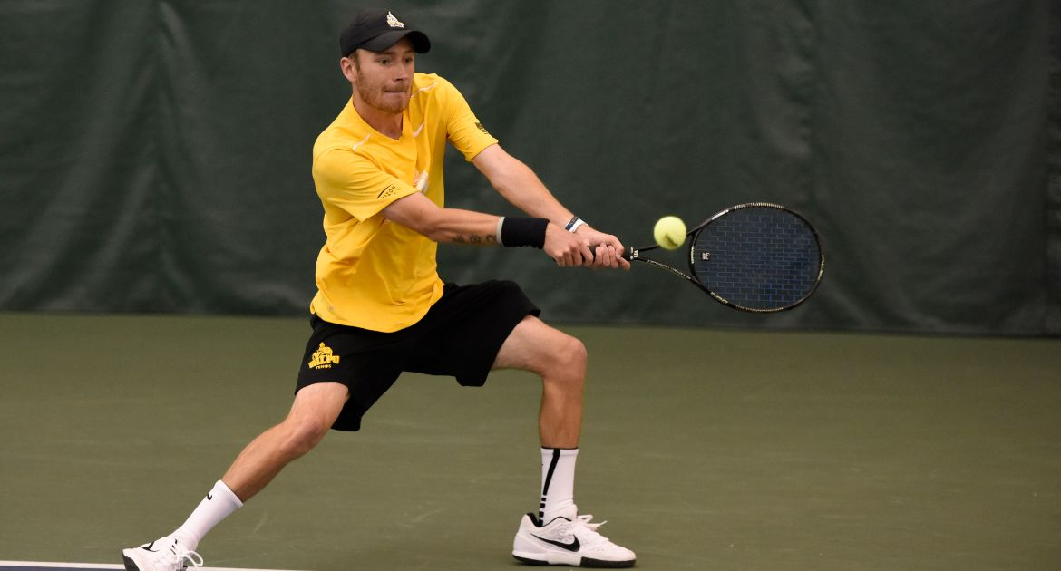 All Nine Crusaders Victorious in Singles on Dominant Day at River Forest