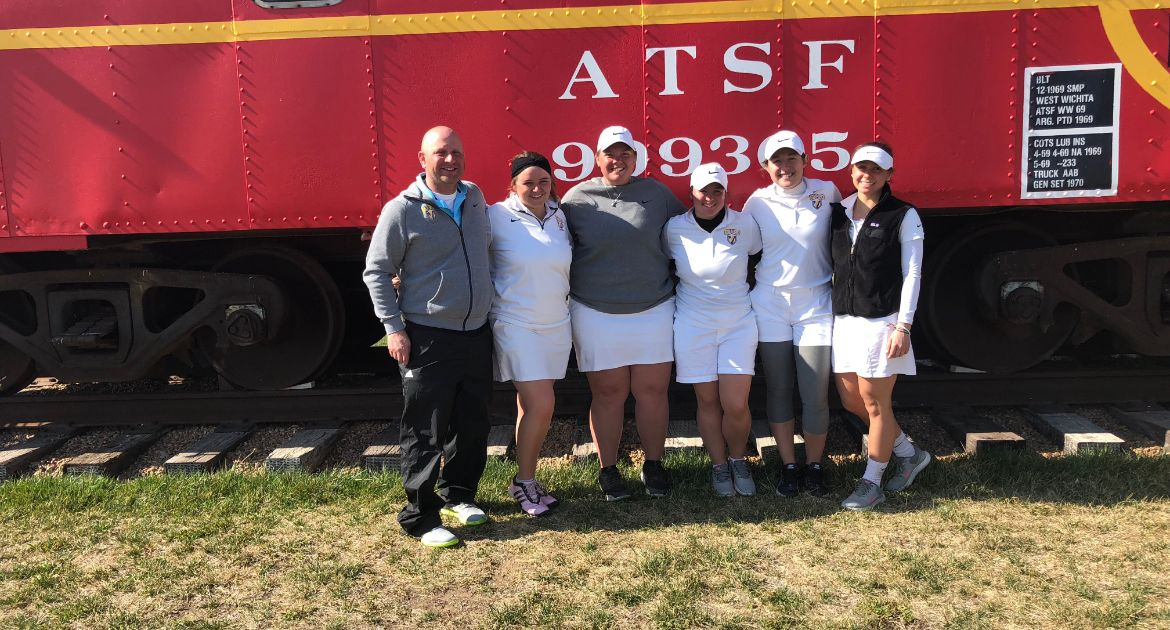 Women's Golf Sets Season Best for Second Straight Day