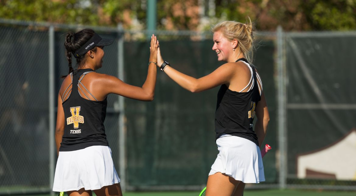 Valpo Doubles Strong on Saturday at Chicago State