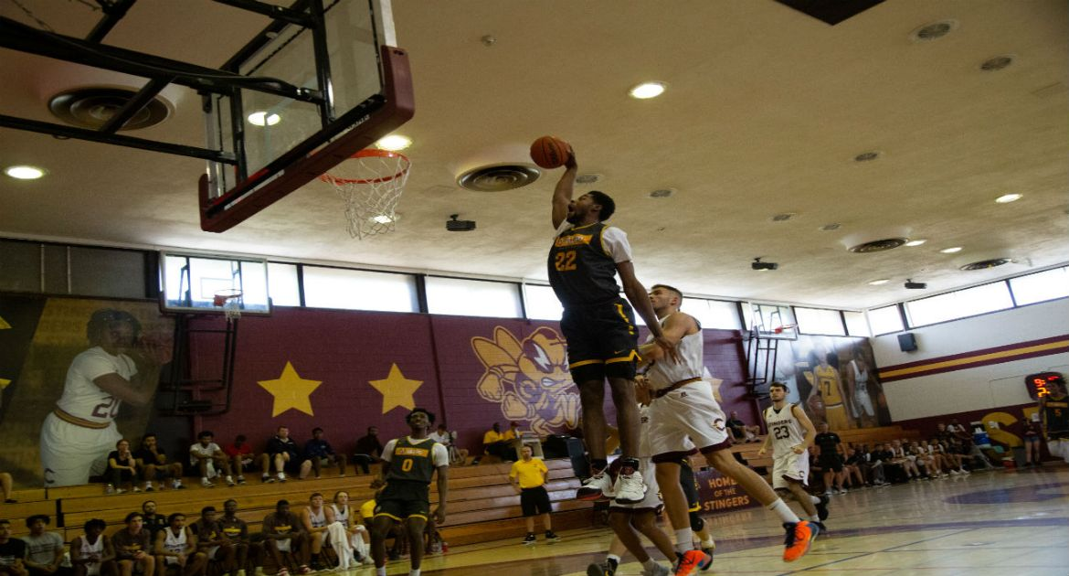 Foreign Tour Off to Winning Start for Valpo Basketball