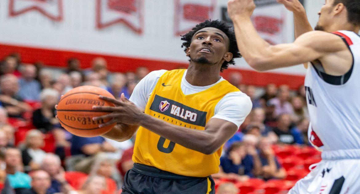 Wire-to-Wire Win Helps Valpo Complete Unblemished Foreign Tour