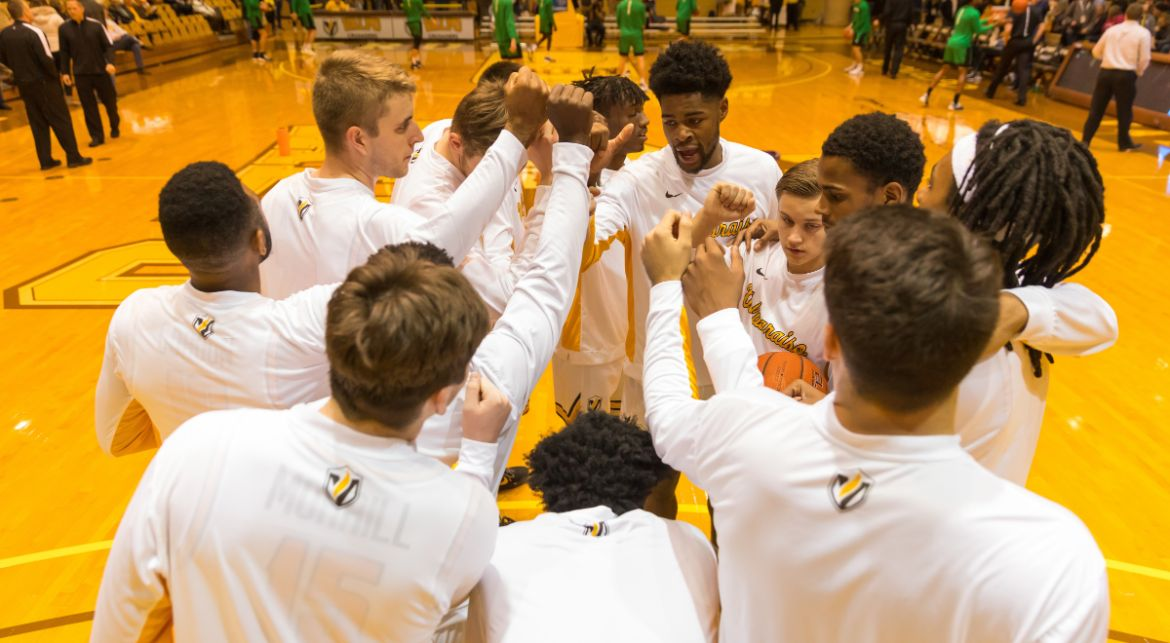 Men's Basketball Returns Home on Wednesday