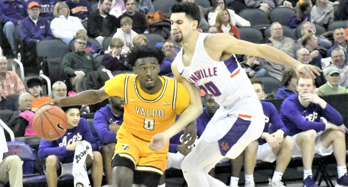 Valpo Captures First Victory in Evansville Since 1969