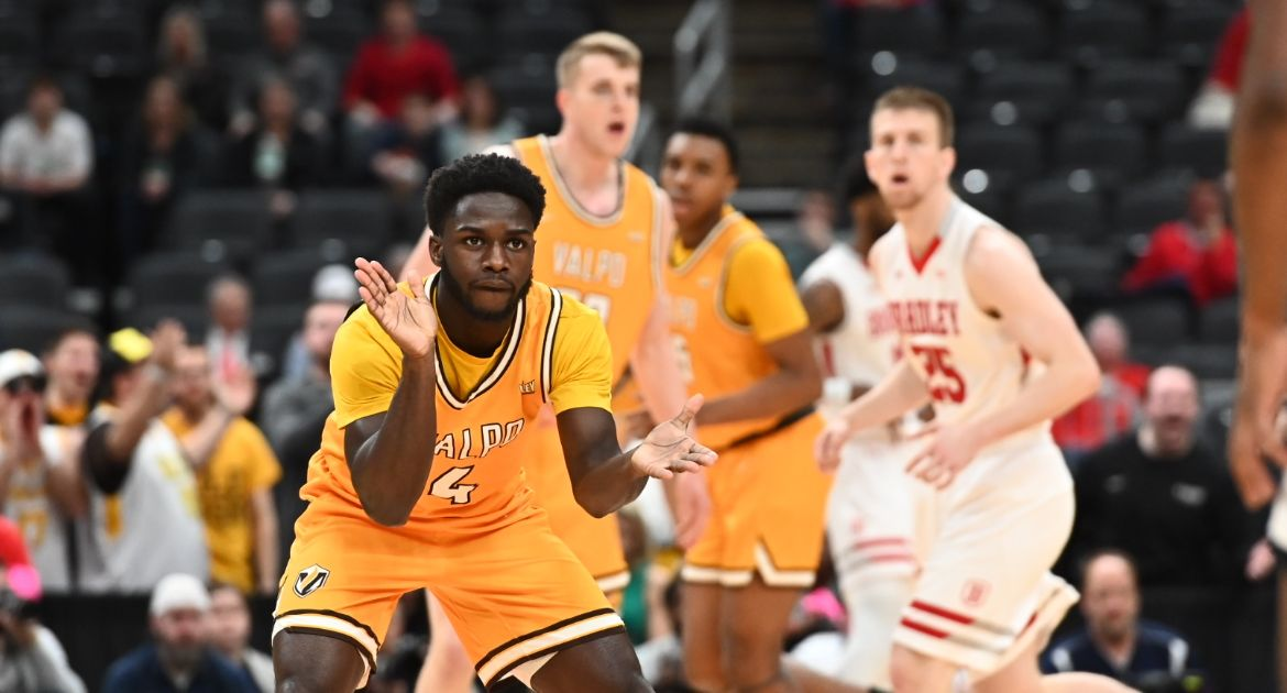 Valpo Closes Historic MVC Tournament Journey, Finishes as Arch Madness Runner-Up